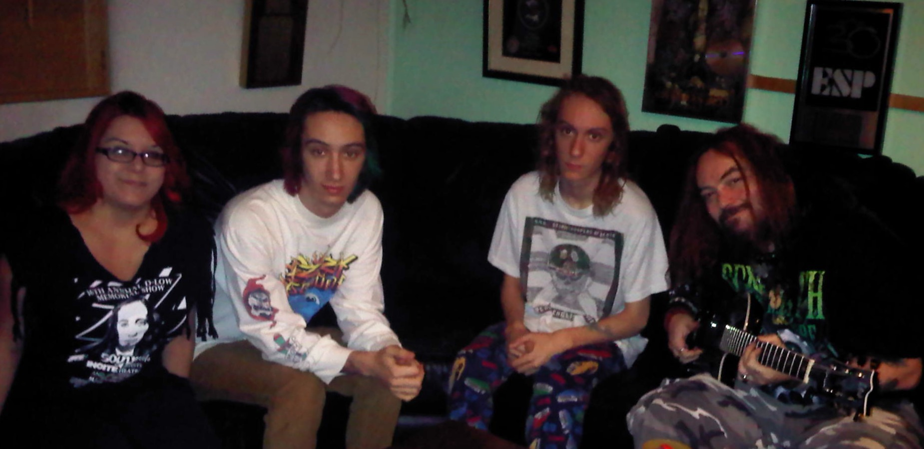 Max, Zyon and Igor Cavalera ( in their Living room) with Mercedes 04/05/13